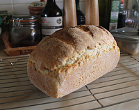 Cookeryslutz-crusty-white-loaf.png