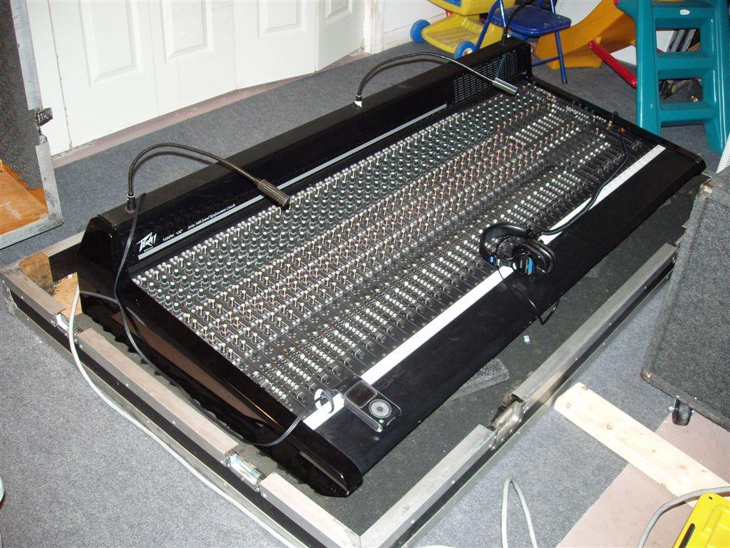 Jbl Crown Vs Peavey Gearslutz 115h Monitor Wiring Diagram Mark Viii Mixer