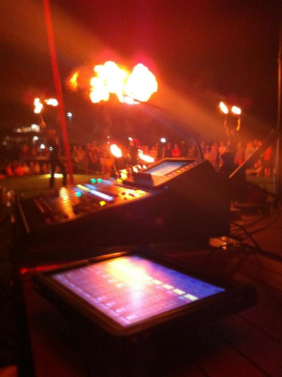Gearslutz Pro Audio Community - View Single Post - Post pics of your FOH or Monitors rig!