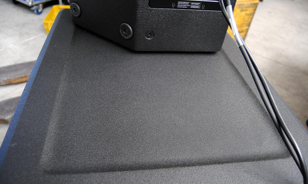 EV EKX18sp vs JBL PRX718XLF and QSC KW181? - Gearslutz