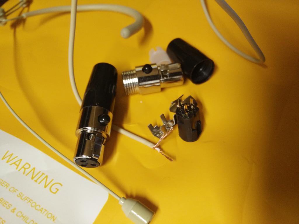 how to solder 3 pin mini xlronto a 4 pin mini xlr (shure)-