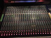 Large format live sound analog console.-abaad6ce-0765-4c92-b97a-c8afe8111d6f.jpg