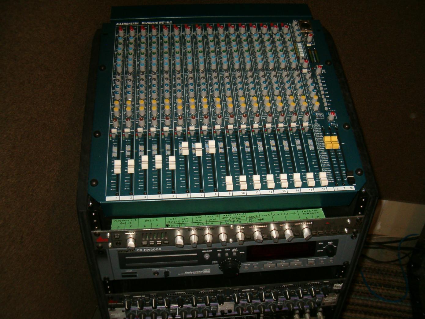 Allen & heath mixwizard wz3:16:2 16 channel stereo mixer w316:2dx.