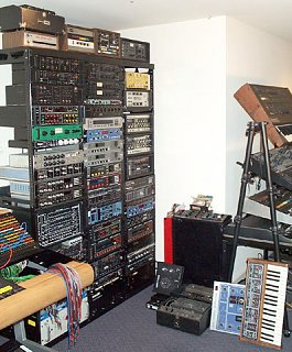 "World's coolest ""basement studio"" contest-effects2.jpg"