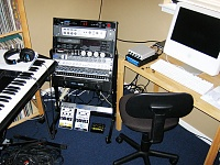 Show me your low end setup-studio-1.jpg