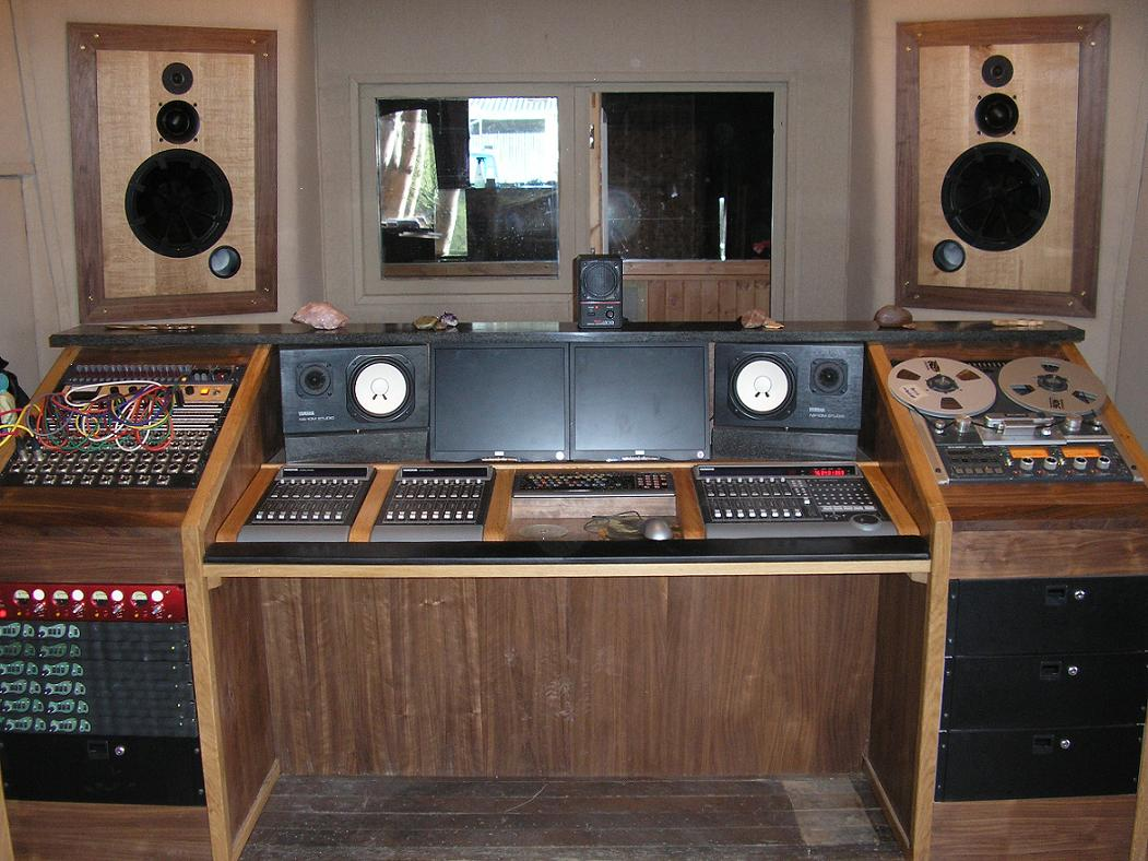 PICs of your homemade station desk!! - Page 2 - Gearslutz Pro Audio
