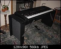Anyone build a DIY Hard Case (why the hell are custom keyboard cases so expensive!?)-keyboard-case-stand-yamaha-cp-300.jpg
