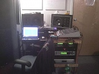 Show me your low end room-desk-small.jpg