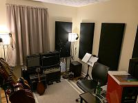 Show me your low end room-d53e94bf-8241-45a6-9b3e-cb401bc86c0f.jpg