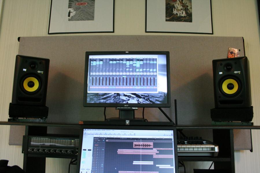 DIY adjustable moniter desktop stands - Gearslutz Pro Audio Community
