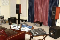 More Room pictures...-dd_studio_new_3-small.jpg