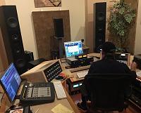 "Why is it that most mastering studios do NOT use ""studio monitors""?-fcb3a642-ceb7-468d-b325-a3a67a8d11bc.jpg"