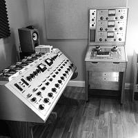 "Why is it that most mastering studios do NOT use ""studio monitors""?-8dbb8c58-39e4-4604-8e83-c8494574d8f5.jpeg"