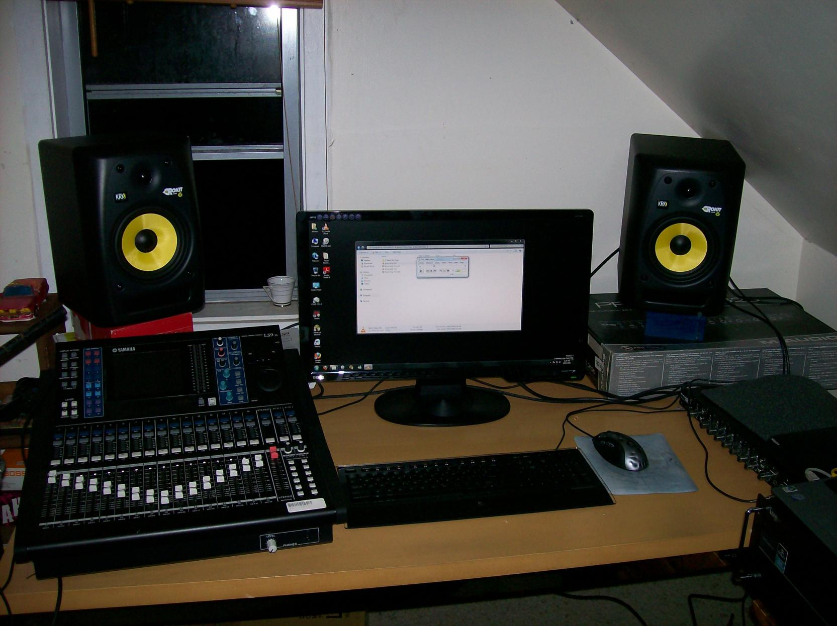 Swell Post Pictures Of Your Portable Recording Equipment Page 12 Largest Home Design Picture Inspirations Pitcheantrous