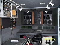 Thinking about getting a mobile recording truck-recordtruck-1-016.jpg