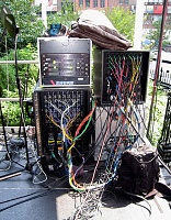 """Remoteness and The Bread Mobile"" during J&R's 2007 MusicFest-j-r2007split.jpg"