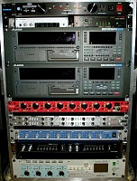 Post pictures of your portable recording equipment-peter-moshay-record-rack-3-08.jpg