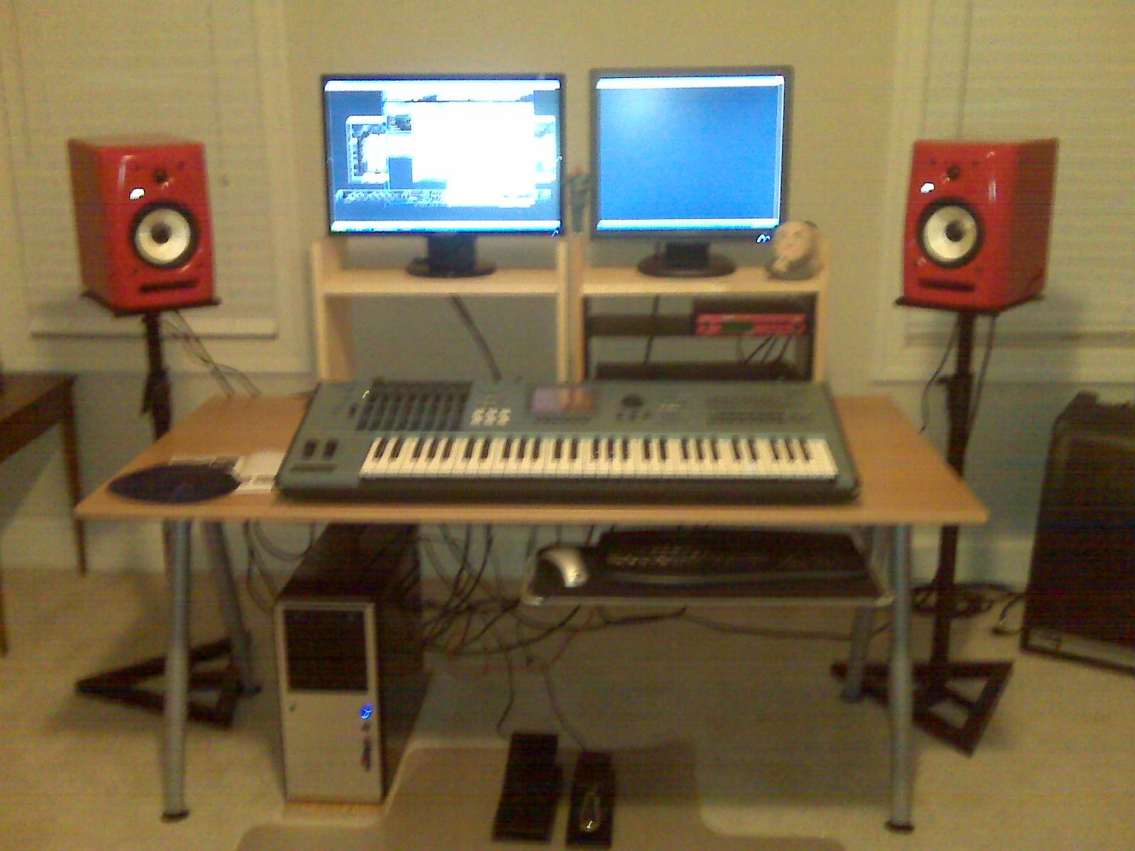 Home Studio Computer Desk? - Gearslutz.com