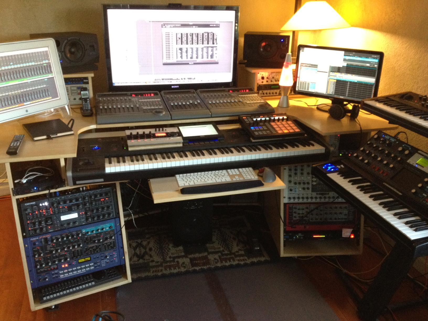 my custom built production desk with a sliding 88 key controller page 4. Black Bedroom Furniture Sets. Home Design Ideas