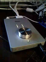 Apogee Duet, professional two-channel firewire audio interface for the Mac-photo.jpg