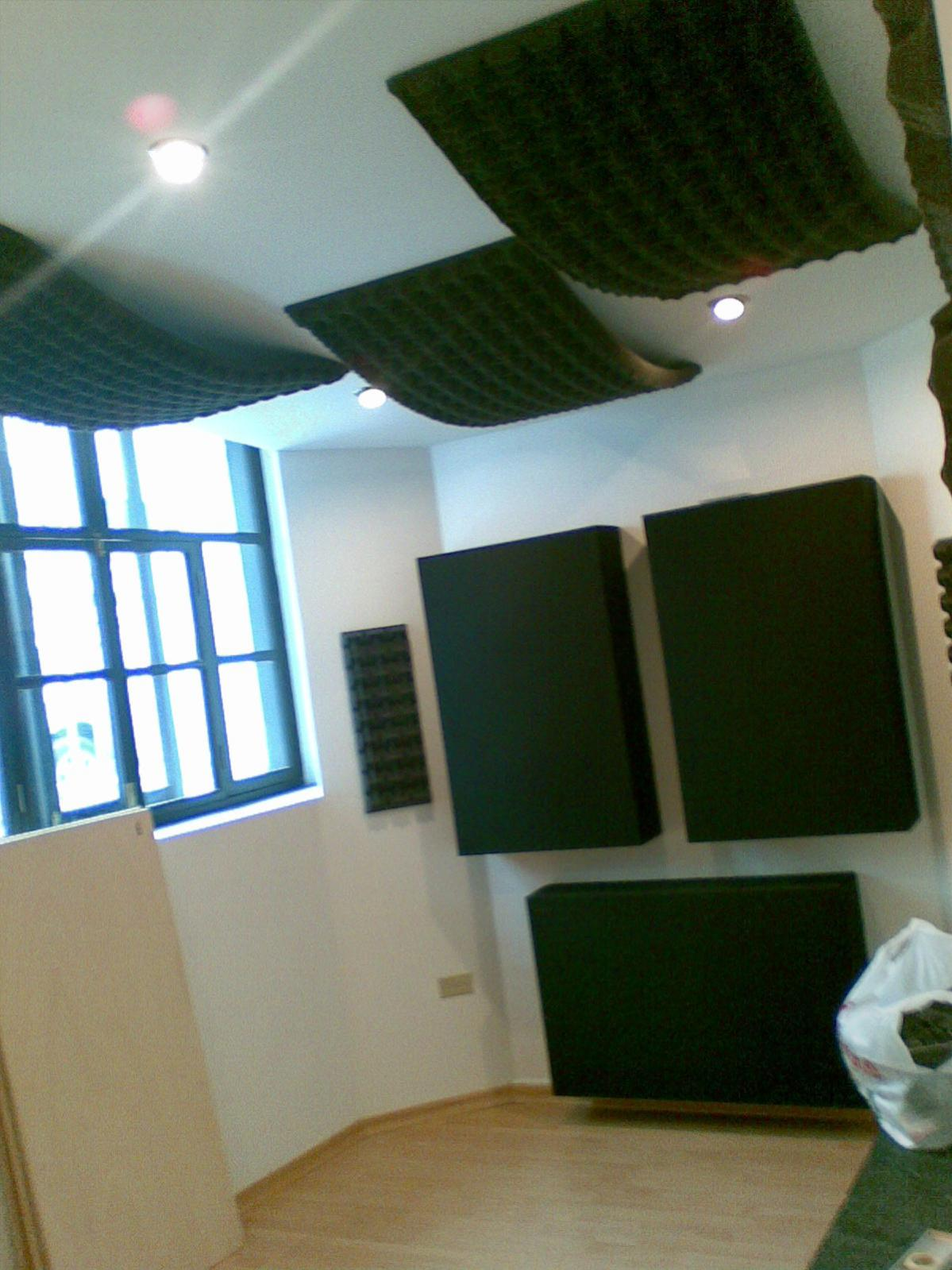 Small Control Room With Smaller Vocal Booth Gearslutz Com