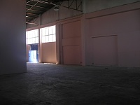 New rooms in Portugal-empty-warehouse-2.jpg