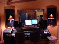 Here she is in all her glory....new studio, ain't she purty?-traps-window.jpg