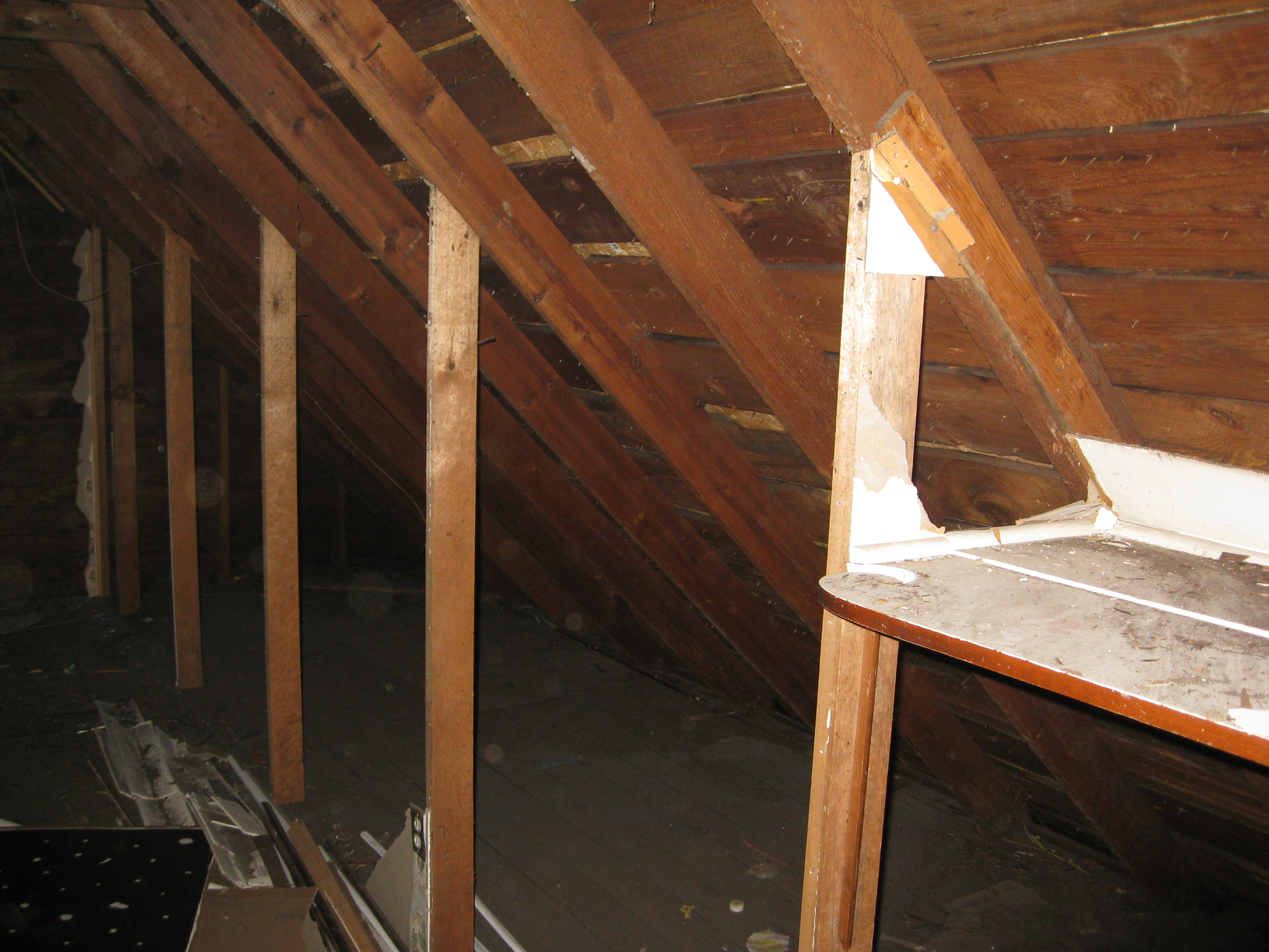 Rfz Based Control Room In An A Frame Attic Img 0007 6 Jpg