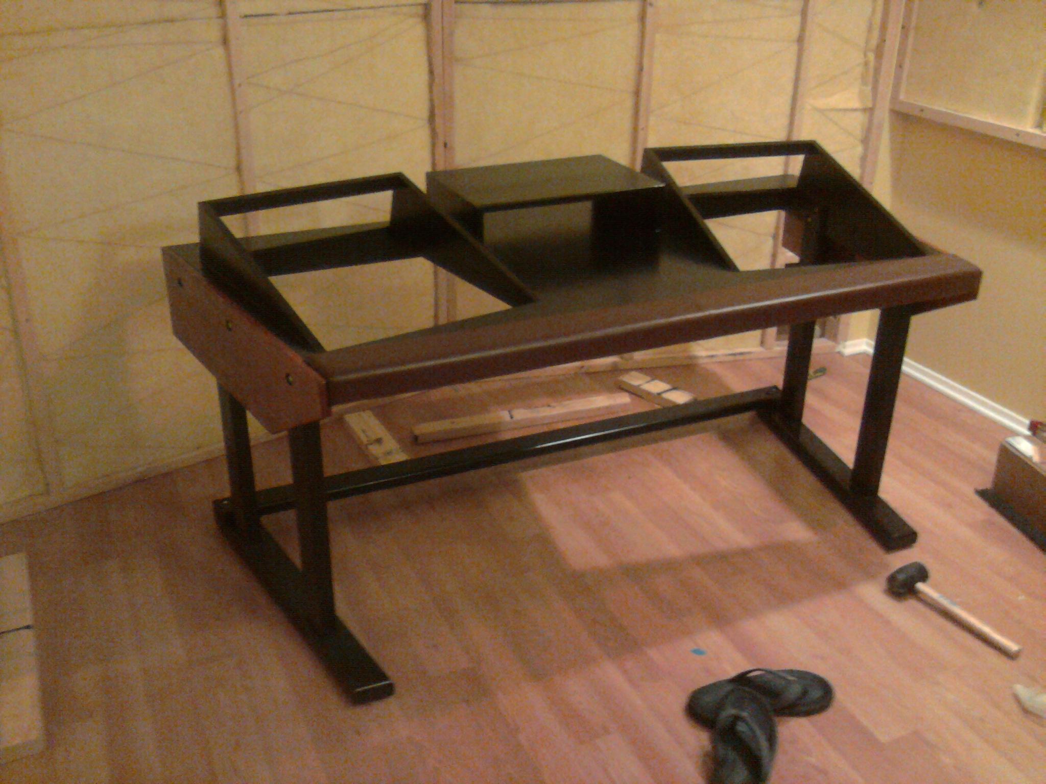 everybody s building a desk i did too gearslutz pro. Black Bedroom Furniture Sets. Home Design Ideas