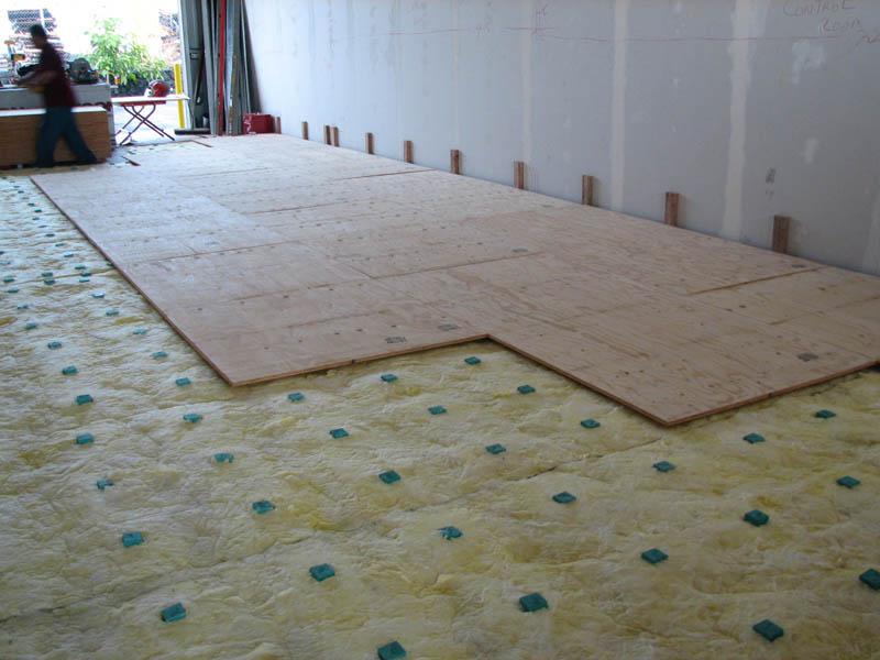 isolation phonique et fenetre forum mobilier accessoires am nagement studio 2 9. Black Bedroom Furniture Sets. Home Design Ideas