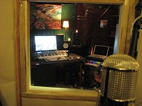 Cajonezzz builds a Voc/drum/amp booth.-img_0312.jpg