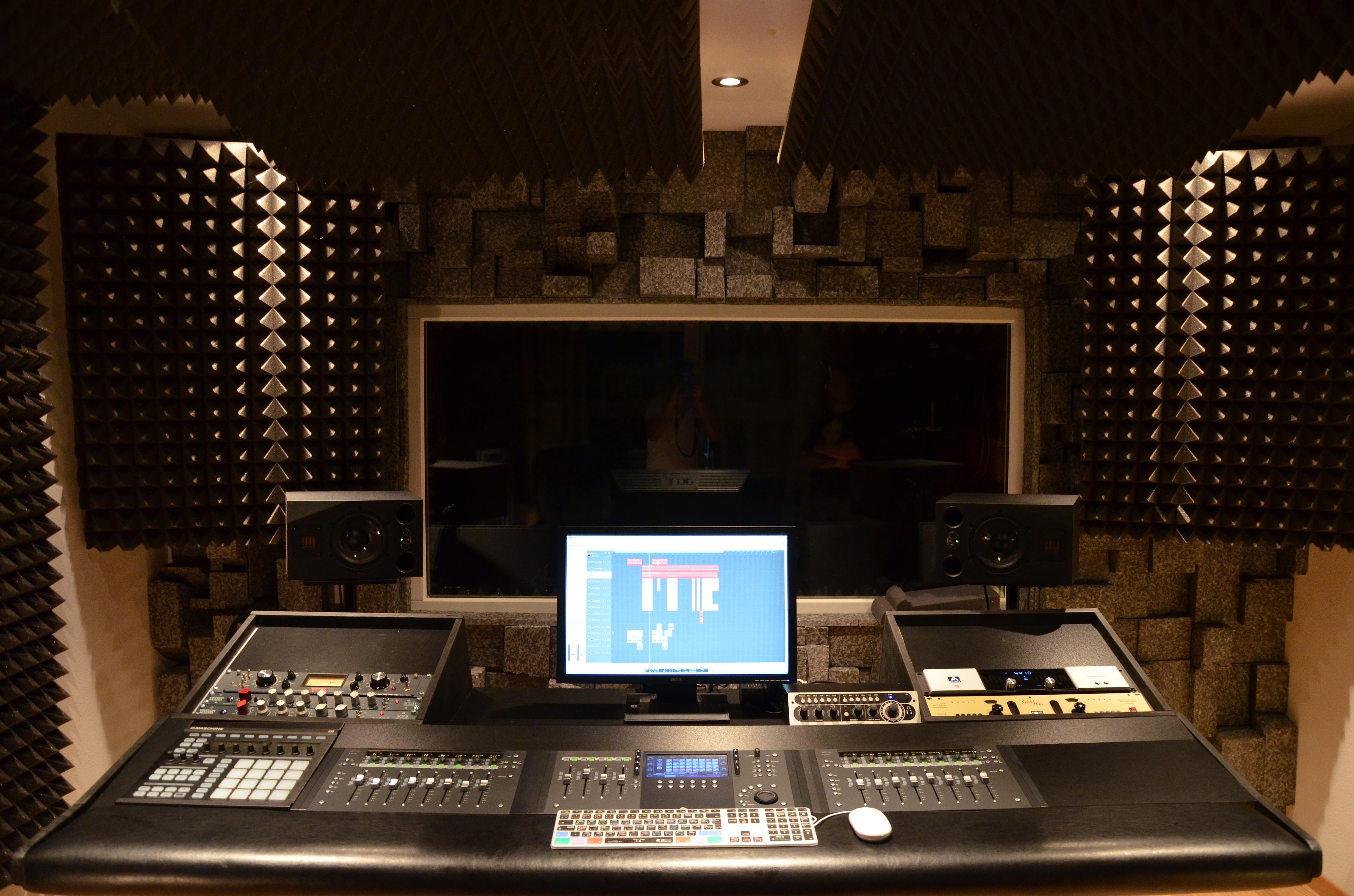 Dsc 1154 Jpg Finally Building My New Studio Desk 1168