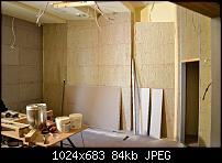 Matthew Gray Mastering - New Room Build-side_wall.jpg