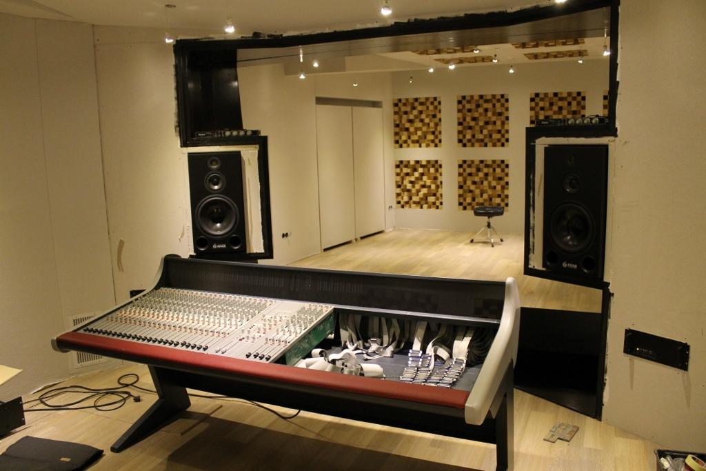 Excellent Building Studio Maasland 2 0 Another Northward Acoustics Design Largest Home Design Picture Inspirations Pitcheantrous