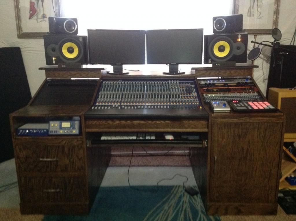 New Custom Desk Design And Build For Midas F32 Img 0199 Jpg