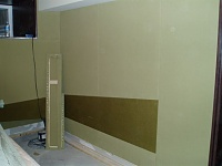 Studiocat and Jamesguitarshields build a studio-p1010066.jpg