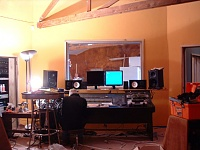 Here she is in all her glory....new studio, ain't she purty?-cr-ceiling.jpg