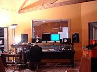Here she is in all her glory....new studio, ain't she purty?-cr-ceiling.jpg