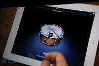 "GarageBand for iPad Live Coverage-Steve ""Anyone can make music now""-20110302-11084431-img4748.jpg"