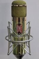 BeesNeez Producer Series Lily Ribbon Microphone-img_3691.jpg