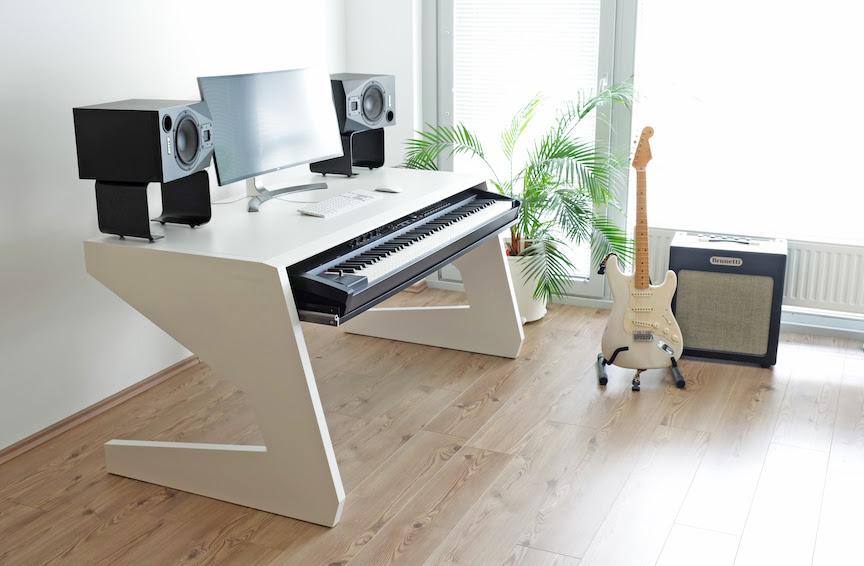 Unterlass Studio Furniture Facilitates Film Composing