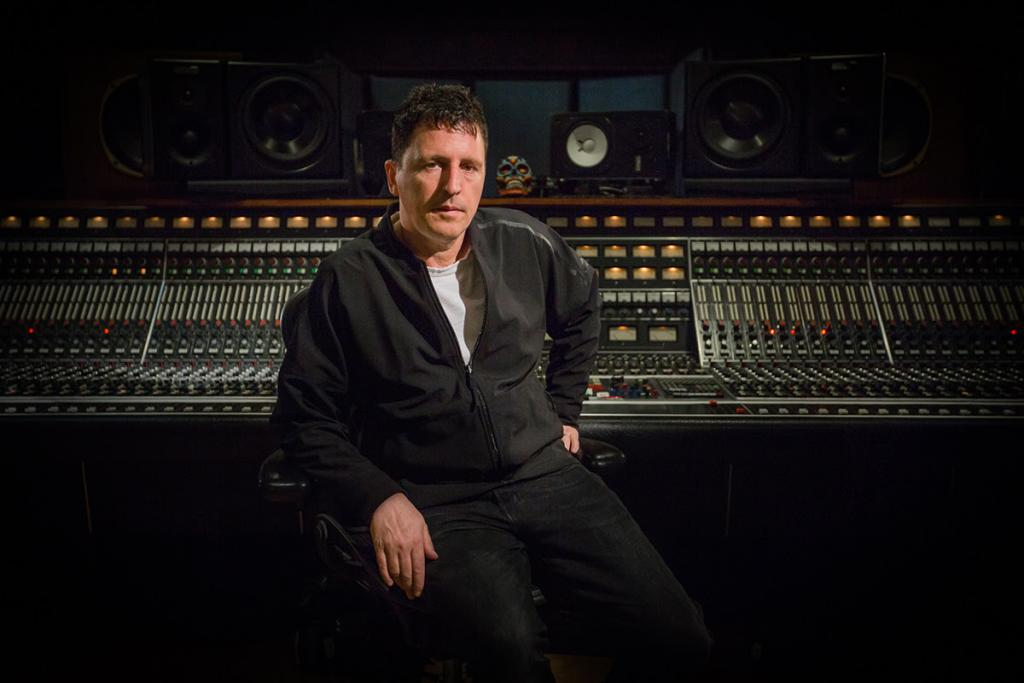 Mix With The Masters new Inside The Track - Nine Inch Nails with Atticus Ross