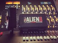 DrAlienSmith releases the Alien8, a Figure 8 Dynamic Microphone-195807618_830095600940124_3727716984591528881_n.jpg