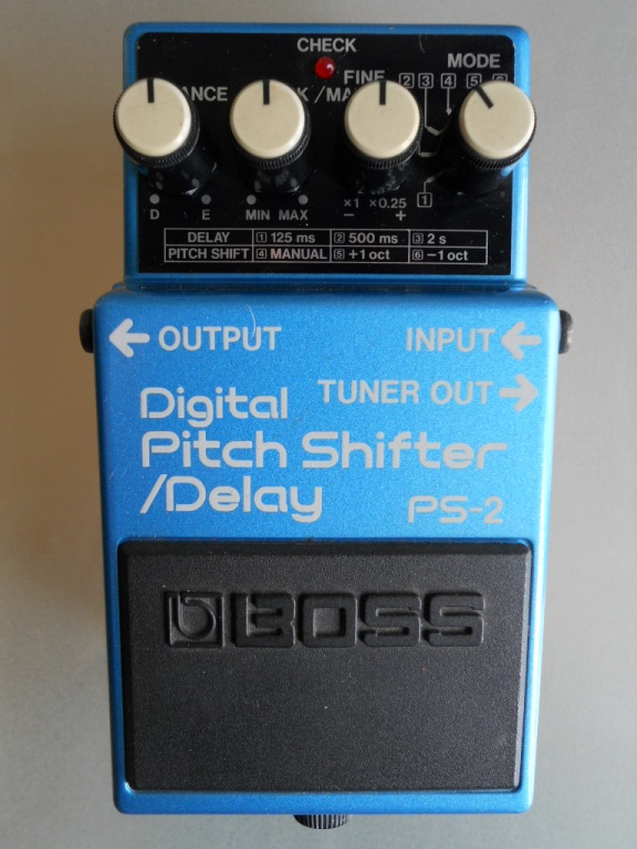 PS-2 Digital Pitch Shifter/Delay Pedal