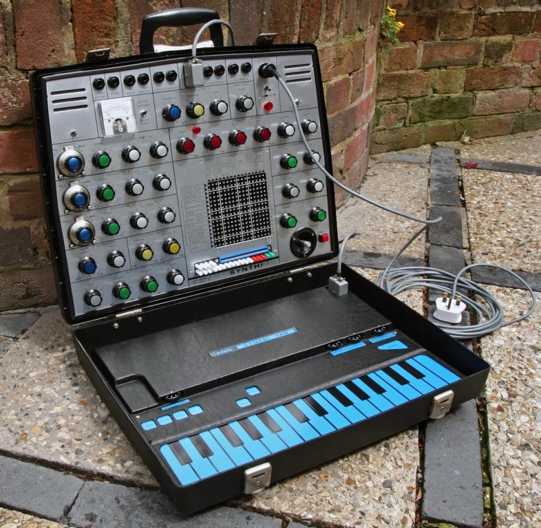 Electronic Music Studios Synthi AKS