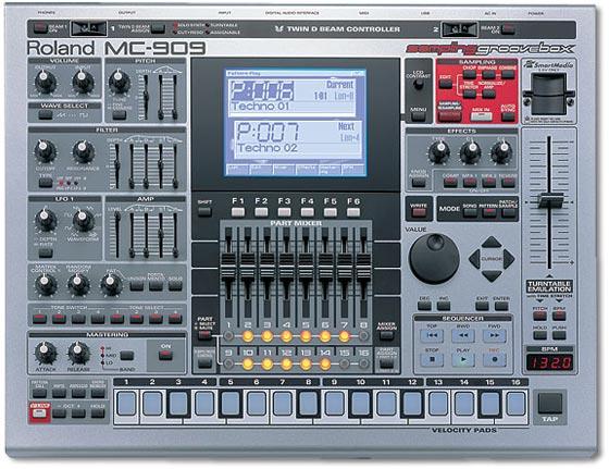 MC-909 sampling groovebox