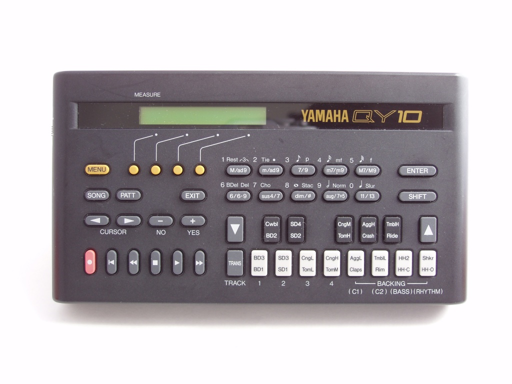 Yamaha QY10