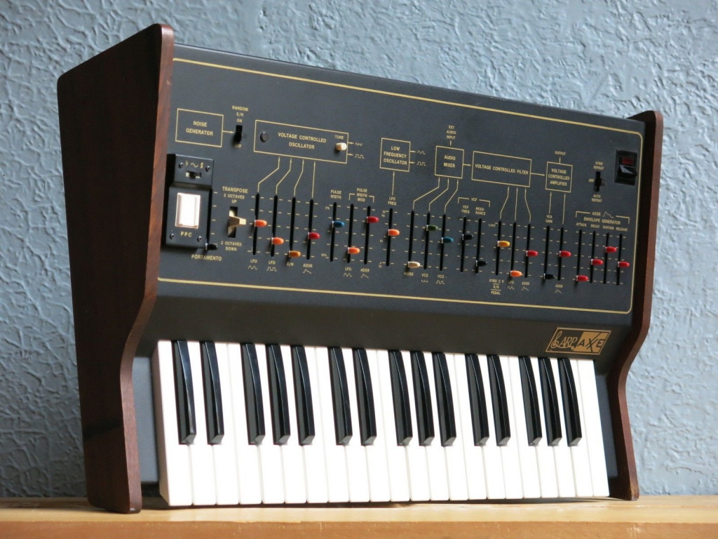 ARP Synthesizers Axxe