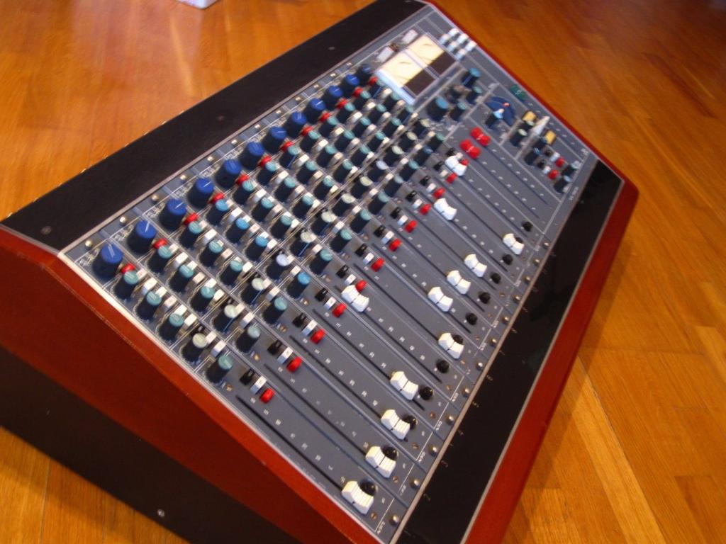 54 Series console
