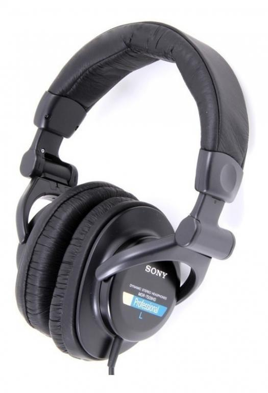 Sony MDR-7509 Closed back headphones